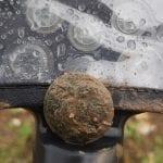 Sağanak yağmur altında bulunanlar
