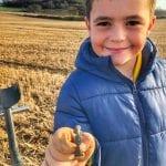 Oğlum Roma broşu buldu
